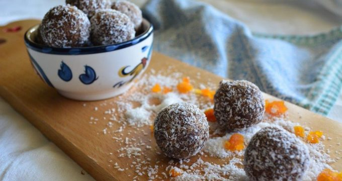 Gluten-free Recipe: Chocolate Apricot Balls